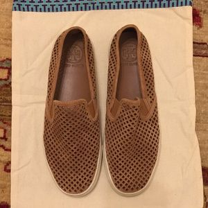 Tory Burch Leather Flats - 8.5